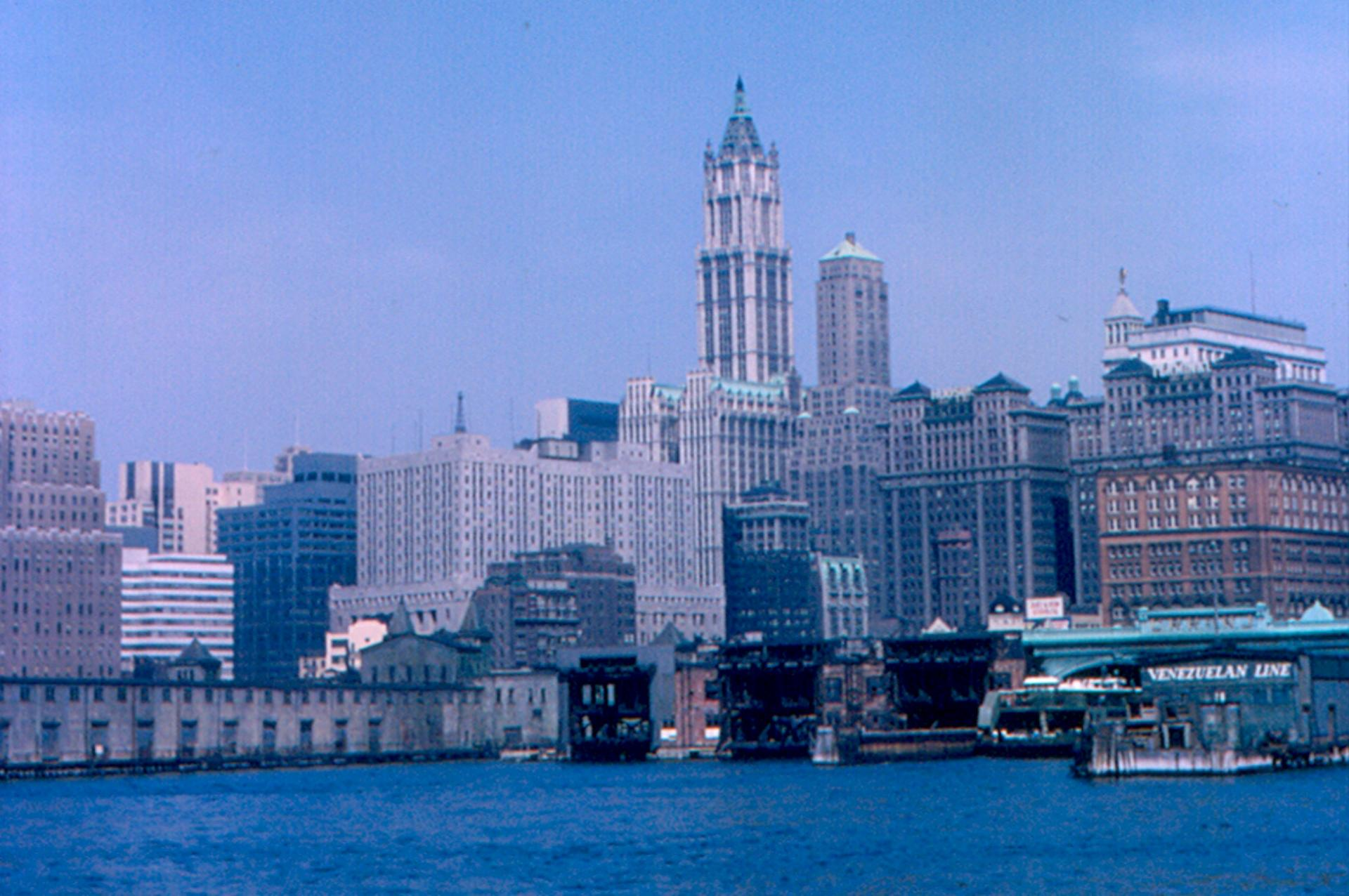 Woolworth Building, 1965